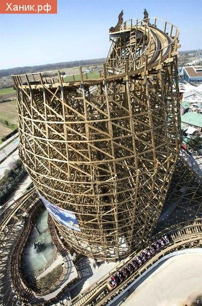 На деревянной горке в Europa Park в Германии можно разогнаться до 100 кмч и испытать перегрузку в 3.5G.