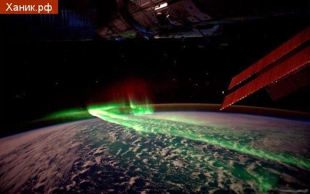 Северное сияние вид из космоса