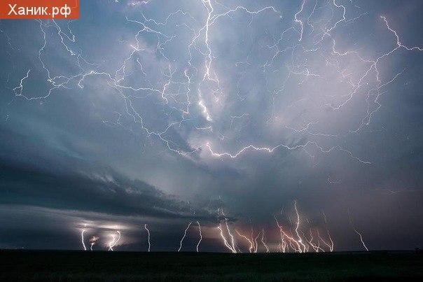 Фотография. США, Молния, Природа, Красота. 54 молнии во время урагана в США