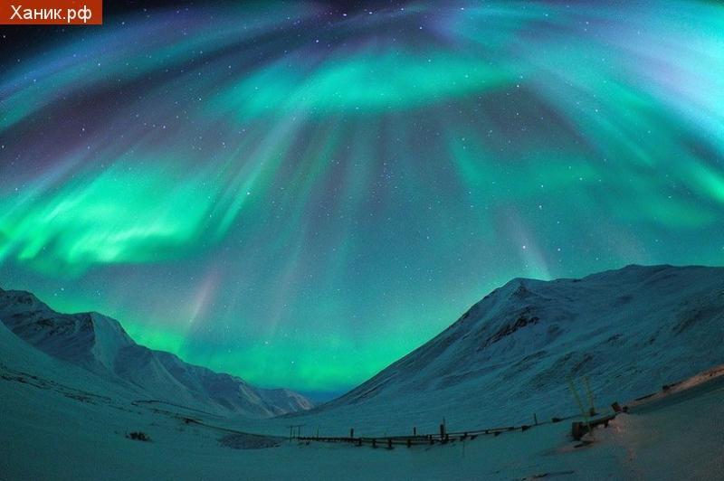 Северное сияния на Хребете Брукса, Аляска. США